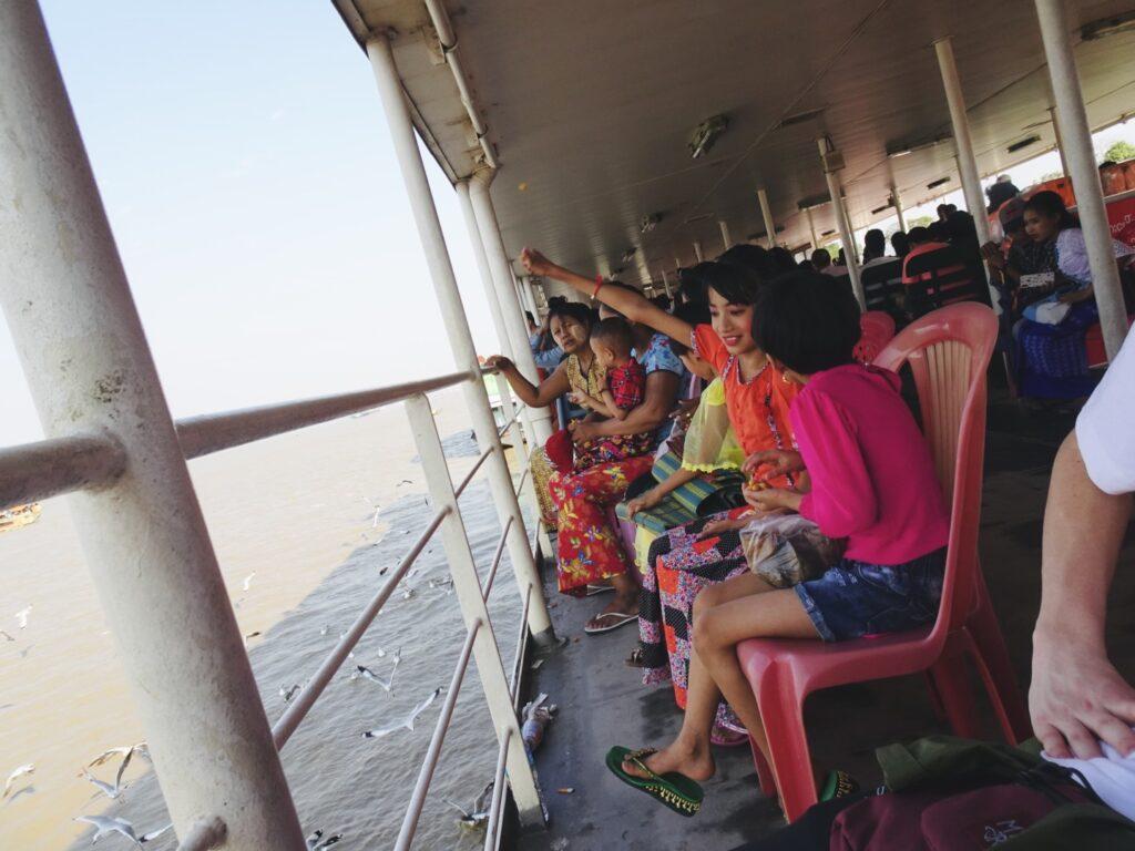 ダラ地区 船