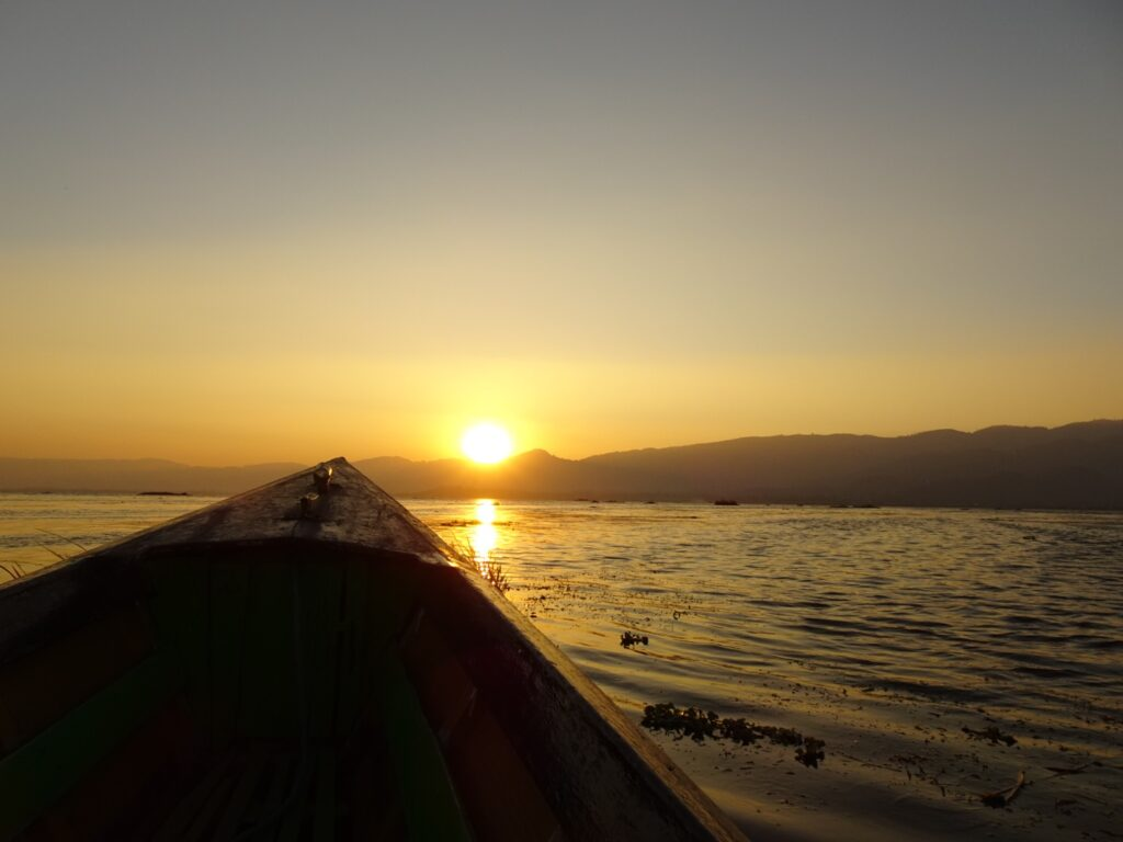 インレー湖 ツアー 漁師 夕日